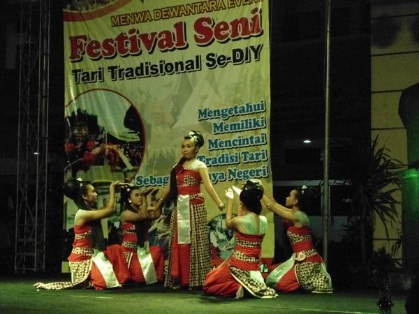 Festival Tari Tradisional