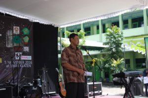 Ki Widodo selaku Wakil Rektor III UST Mengisi Sambutan Acara Road To School UKM Musik Dewantara di SMK Negeri 3 Klaten. Dok.Istimewa